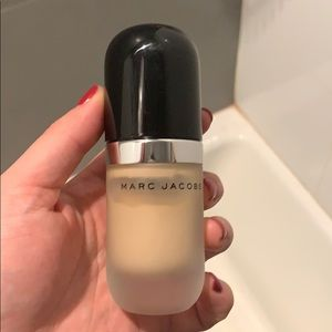 Marc Jacob Re(Marc)able Ivory foundation